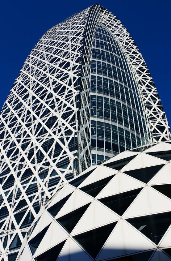 Tokyo Mode Gakuen Cocoon Tower, Tokyo, Japan by Tange Associates